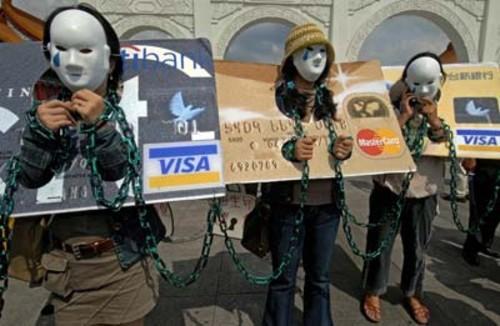 Datorii clienti carti de credit datornici