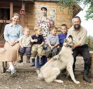 German Sterligov copii caine
