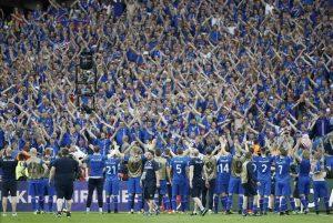 Islanda echipa nationala suporteri
