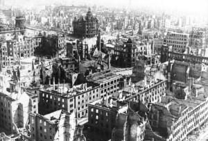 Dresda dupa bombardament